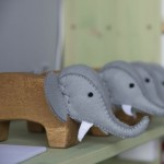 Elefant din lemn